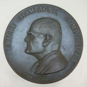 Delvica Allard, Claude Champagne, circa 1965. Bronze. 45,8 x 45,8 cm. Photo : Guillaume Sanfaçon.