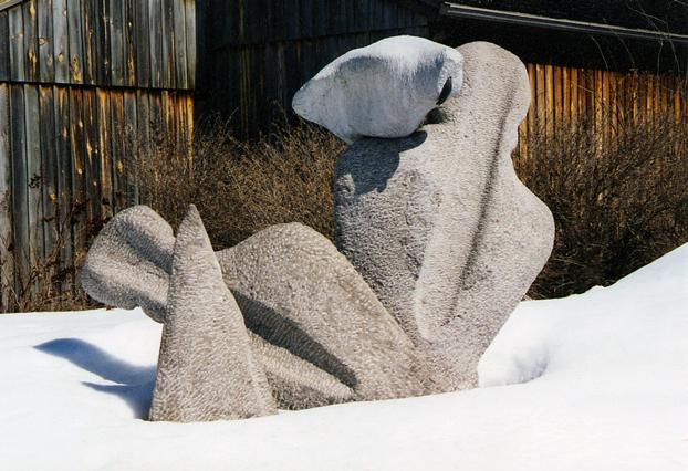 Serge Beaumont, Pointes de Chasse, 1985. Bronze, calcaire et marbre. Photo © Serge Beaumont.
