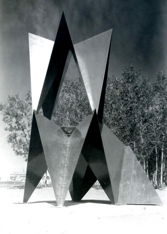 Delphis Bélanger, Sans titre, 1975. Acier. Photo: Perry Gagné.