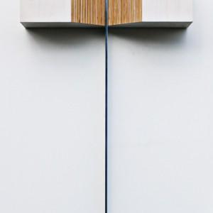 Éric Daudelin,  Arcane-3 de la série Rituel, 2012. Contreplaqué de merisier russe, huile et aluminium. 84 x 51,7 x 15 cm. Photo avec l'aimable autorisation de l'artiste.