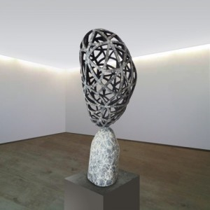 Hélène Coulombe,  Network , 2014. Bronze. 47.5 cm x 24 cm x 16 cm. Photo avec l'aimable autorisation de l'artiste.