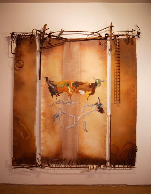 Jacques Baril, Le Travail de la Terre, 2014. Toile de bateau récupéré, pièces de machineries agricoles. 202 x 176 x 15cm. Photo avec l'aimable autorisation de l'artiste.