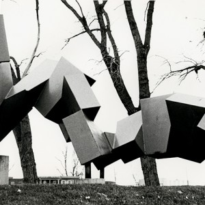 Robert Nepveu, Force et progrès, 1985. Acier. 213 cm. Lachine . Photo : C-D.