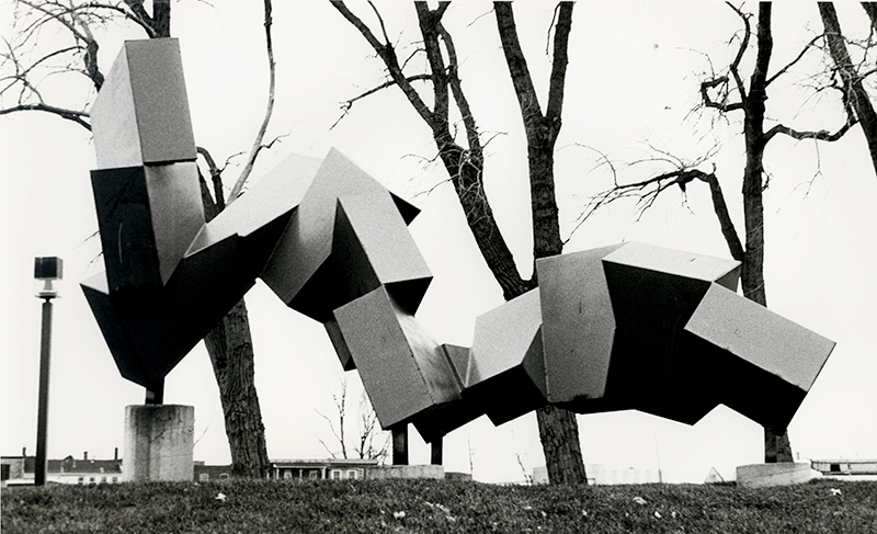 Robert Nepveu, Force et progrès, 1985. Acier. 213 cm. Lachine . Photo: C-D.