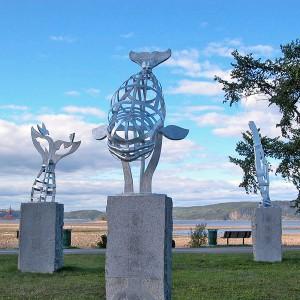Giuseppe Benedetto, Monstres marins, 2010. Aluminium et granit. 914 x 914 x 457 cm.   Photoavec l'aimable autorisation de l'artiste.