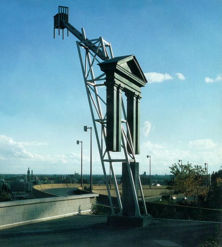 Melvin Charney, La Tribune, Colonne nº11, 1987-1989. Béton, acier inoxydable et bois recouvert de cuivre. 10.54 x 5,13 x 5,77 m. Photo : Mick Hales.