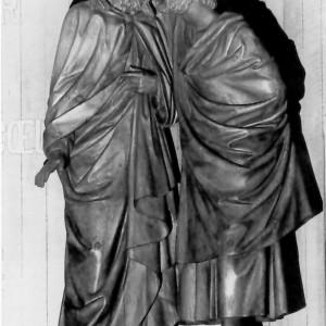 J. Olindo Gratton,Le baiser de Judas, 1892. Bois verni. Photo : Ministère des Affaires culturelles, Montréal.