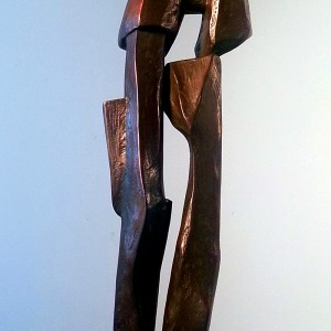 Zoya Niedermann, Arch Figures, 1993. Bronze. 360 cm. (H). Photo avec l'aimable autorisation de l'artiste.