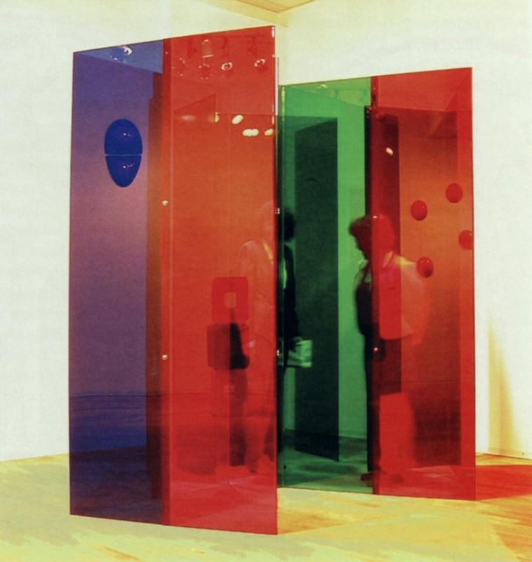 Jean Noël,  Labyrinthe , 1967. Plexiglas. 225 x 60 x 60 cm. Photo : avec l'aimable autorisation de l'artiste.