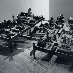 Bernard Rousseau, Machines, fioles et horloges, 1993. Sculpture / installation. Photo : Robert Etcheveiry.