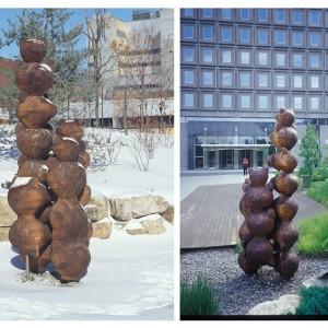 Michel Saulnier,  Écho,  2001, Noyer laminé. 400 cm (H). Jardin d'arbres de la Domtar, Montréal. Photo avec l'aimable autorisation de l'artiste.