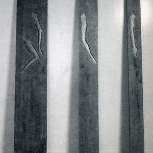 Ronald Thibert, Hors contexte, 1994. Bois. 267 x 173 x 30 cm. Photo : Paul Cimon.
